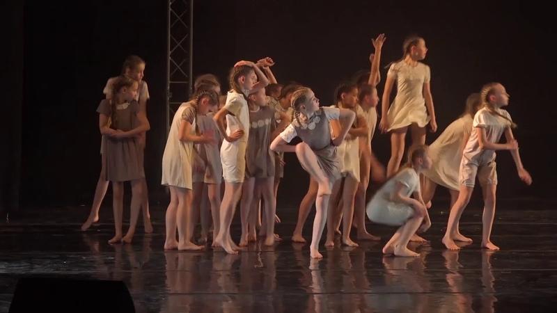 Девочка причуда Эстрадный балет Апельсин