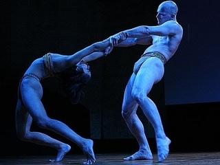 A performance merging dance and biology | Pilobolus