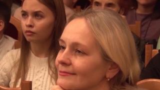 Телеканал Амурск - Родителям учеников школ искусств больше не придется платить за конкурсы